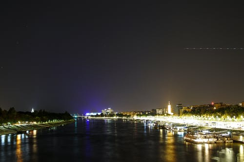 Fotobanka sbezplatnými fotkami na tému mesto, noc