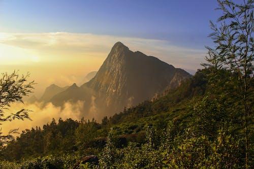 Gratis lagerfoto af bjerg, himmel, landdistrikt