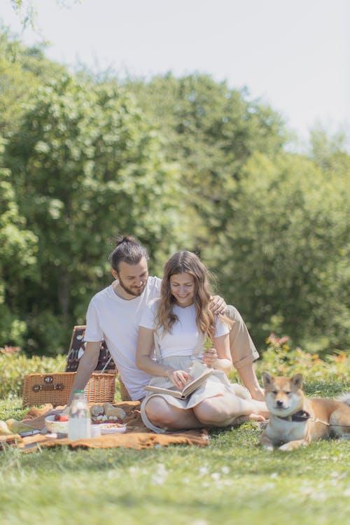 Безкоштовне стокове фото на тему «близькість, єднання, пара»
