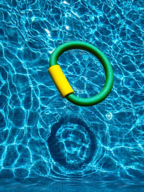 Fotos de stock gratuitas de agua, azul, billar, caucho