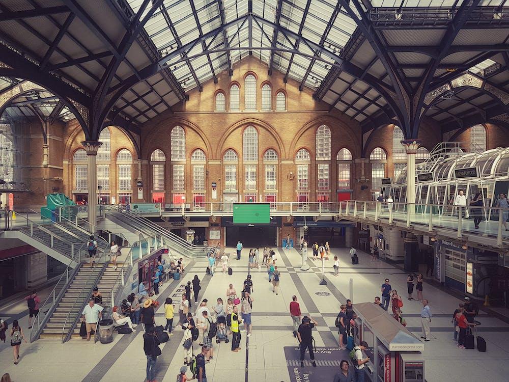 stasjon, togstasjon