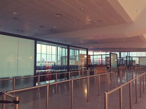 Foto d'estoc gratuïta de aeroport, Porta de l'aeroport
