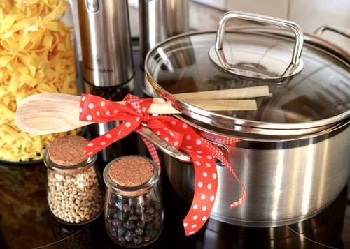 Бесплатное стоковое фото с горшок, готовить, деревянная ложка, кастрюля