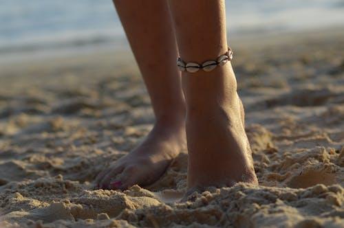ビーチ, ビーチガール, ビーチの島, ブレスレットの無料の写真素材