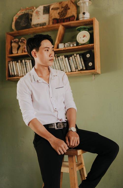 Gratis lagerfoto af armbåndsur, asiatisk mand, backless