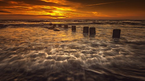 Kostenloses Stock Foto zu dämmerung, sonnenuntergang, strand sonnenuntergang