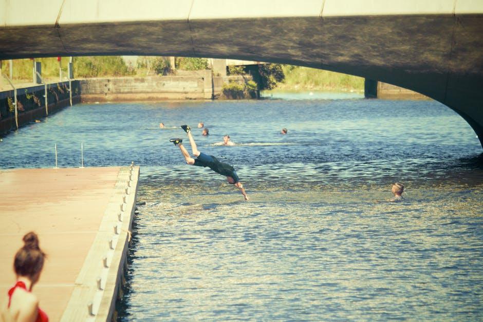 Dive header jump lake