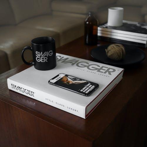 Δωρεάν στοκ φωτογραφιών με flatlay, lifestyle, macbook