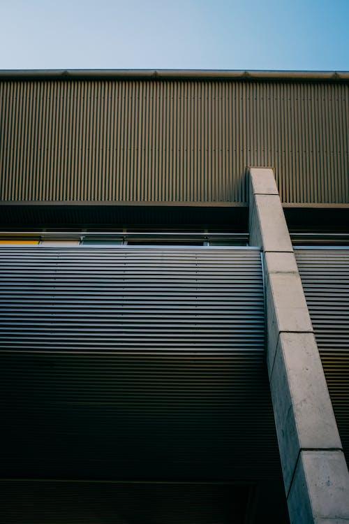 Kostenloses Stock Foto zu architektur, ausdruck, bau, dach