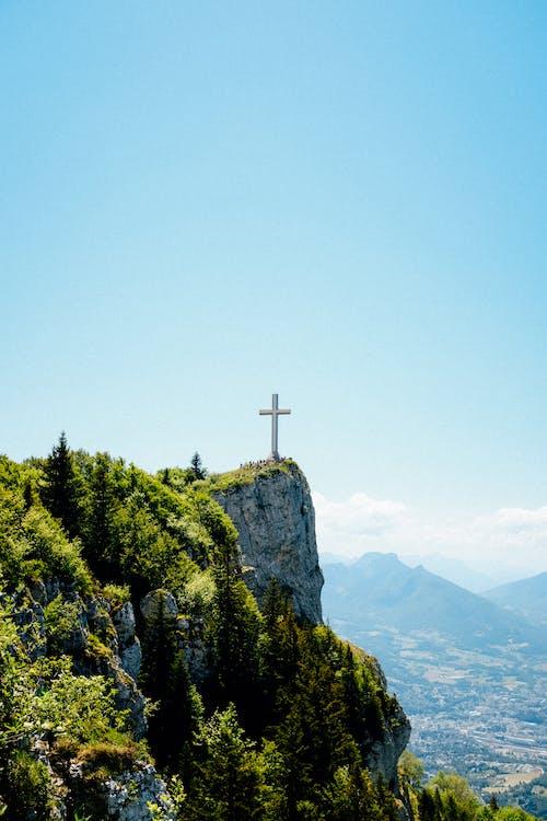 Δωρεάν στοκ φωτογραφιών με rock, βουνό, βράχος, γαλάζιος ουρανός