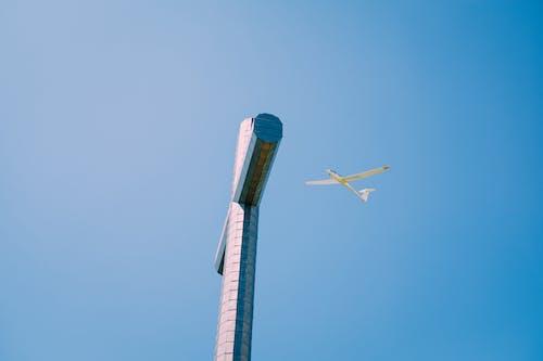 Kostenloses Stock Foto zu aviate, blauer himmel, draußen, energie