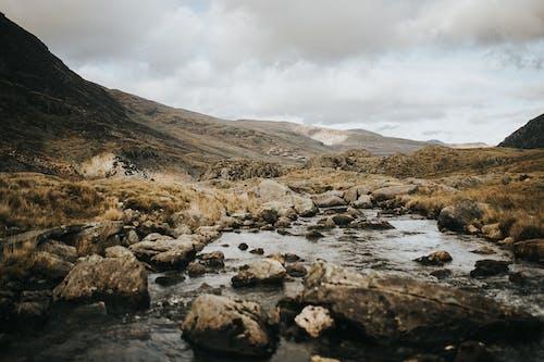 Бесплатное стоковое фото с вода, гора, горы, закат