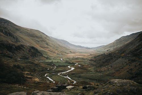 Бесплатное стоковое фото с вид на горы, вода, гора, горная долина