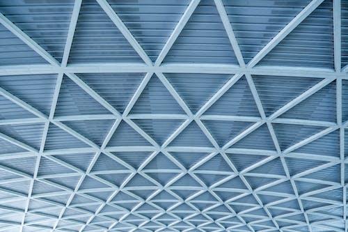 Foto d'estoc gratuïta de a l'aire lliure, abstracte, angle baix, arquitectura
