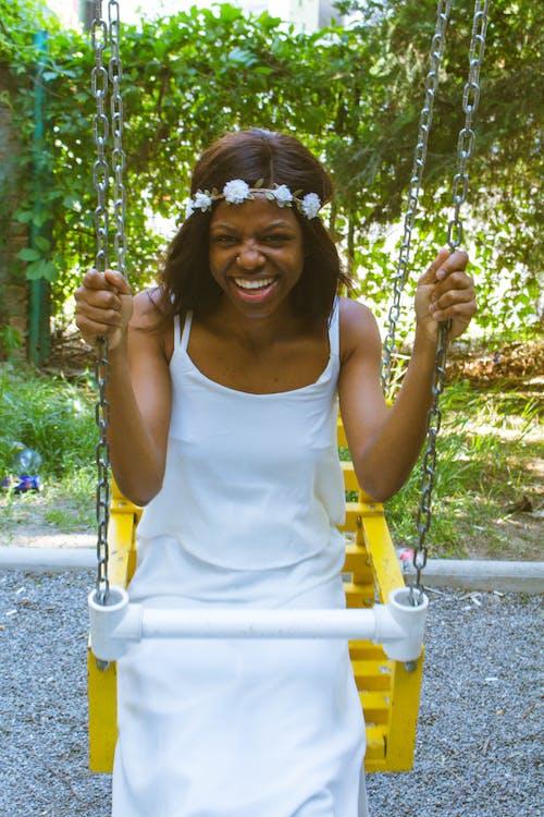 Безкоштовне стокове фото на тему «активний, афро-американська жінка, брюнетка, вертикальний»