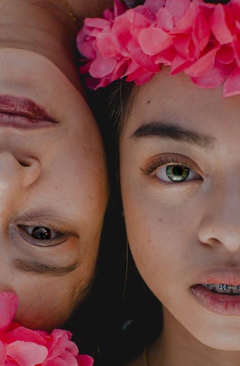 Kostnadsfri bild av ansikte mot ansikte, asiatiska kvinnor, asiatiska människor