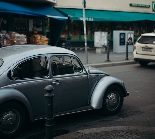 Kostenloses Stock Foto zu asphaltstraße, auto, automobil, berlin