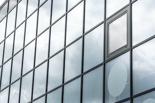 คลังภาพถ่ายฟรี ของ กระจก, การก่อตัวของเมฆ, การก่อสร้าง, การสะท้อน