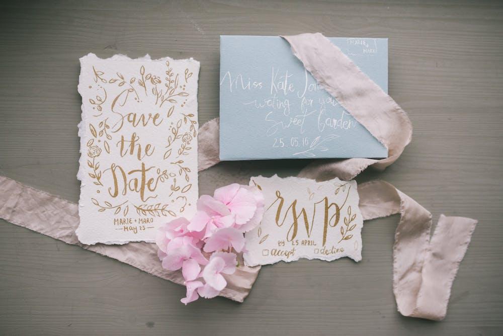 An invitation card. | Photo: Pexels