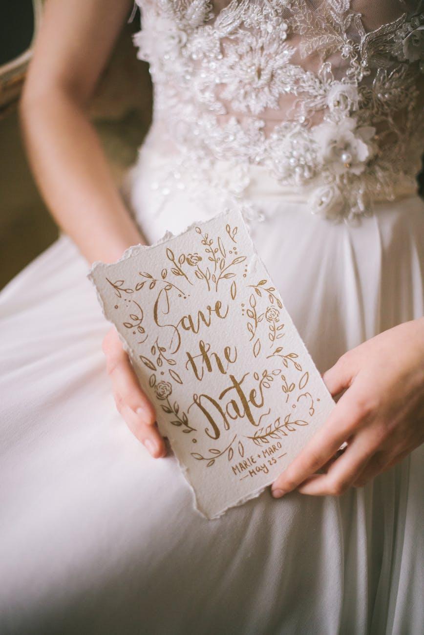 Undangan Pernikahan dalam Tips Menghadiri Undangan Pernikahan di Gedung