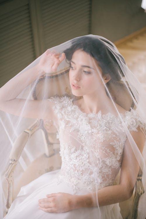 Gratis lagerfoto af blonder, brud, brudekjole