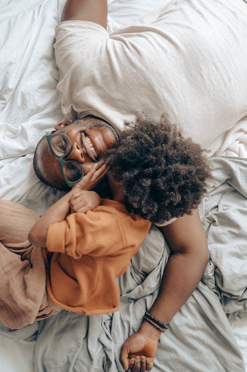 Immagine gratuita di accogliente, afro-americano, allegro, amore
