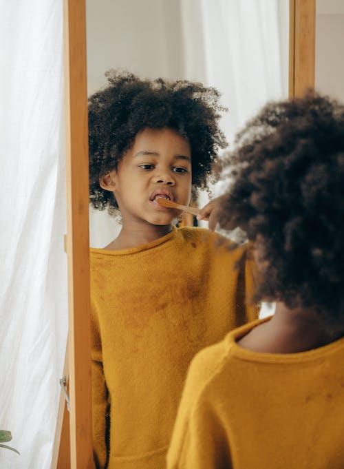 Бесплатное стоковое фото с афро-американец, в помещении, Ванная комната