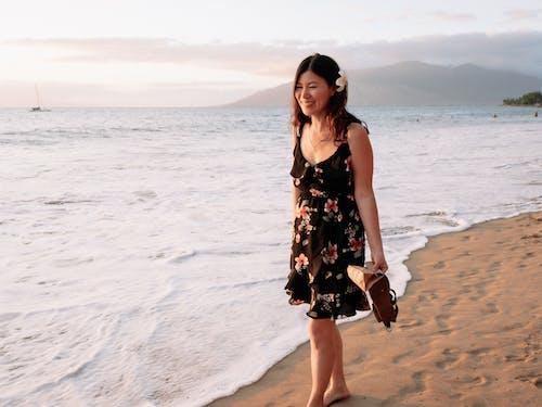 คลังภาพถ่ายฟรี ของ การท่องเที่ยว, การผ่อนคลาย, ชายหาด, ดวงอาทิตย์