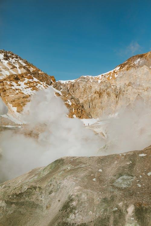 Kostenloses Stock Foto zu abhang, atmosphäre, aussicht, berg