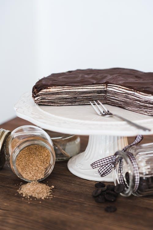 Darmowe zdjęcie z galerii z apetyczny, aromat, białe tło, brązowy