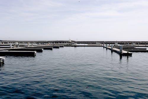 Бесплатное стоковое фото с вода, гавань, закат, корабль