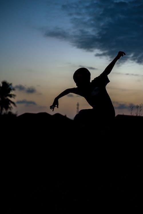 Δωρεάν στοκ φωτογραφιών με outdoorchallenge, άνδρας, Άνθρωποι, απόγευμα
