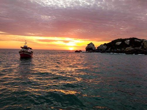 Fotobanka sbezplatnými fotkami na tému água do mar, ao mar, barco, barco de pesca