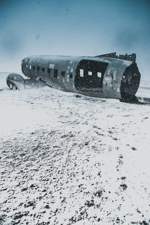 Бесплатное стоковое фото с вода, зима, лед, метель