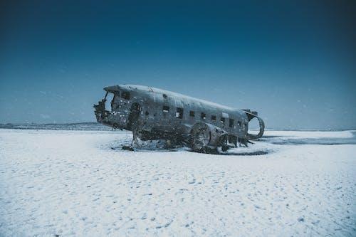 Бесплатное стоковое фото с гора, заброшенный, зима, лед