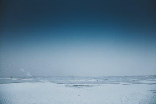 Бесплатное стоковое фото с вода, закат, зима, легкий