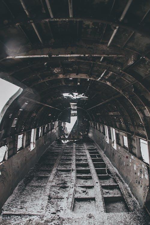 Бесплатное стоковое фото с архитектура, железная дорога, железо, заброшенный