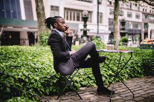 Fotos de stock gratuitas de afroamericano, agente, artilugio, atuendo