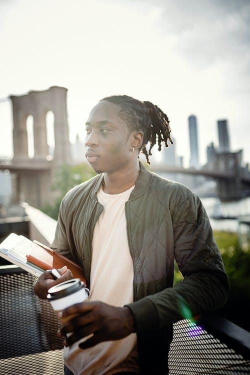 Photos gratuites de à contre-jour, afro-américain, aller, arrière-plan flou