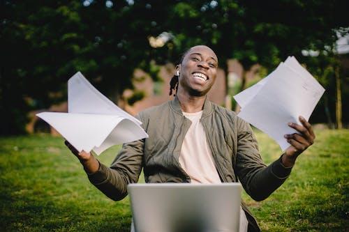 Photos gratuites de activités, affaires, afro-américain, apprendre