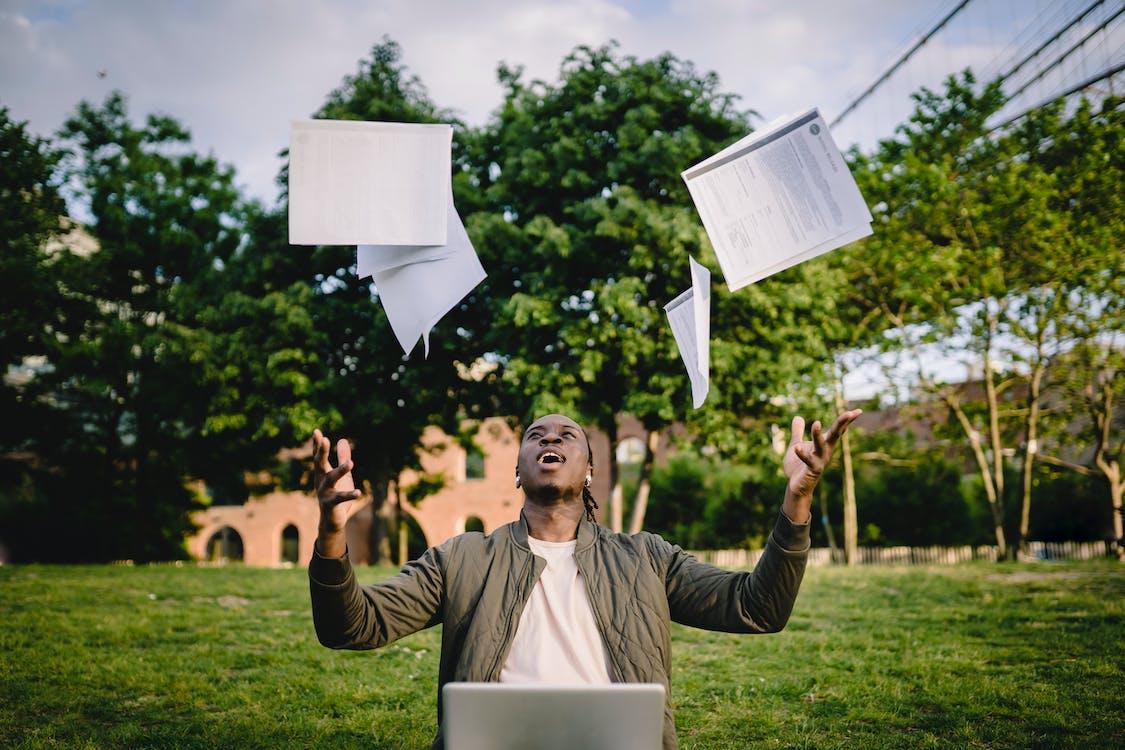 Бесплатное стоковое фото с академический, афро-американец, беспроводной