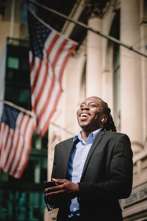 Бесплатное стоковое фото с Американский, афро-американец, беззаботный, беспроводной
