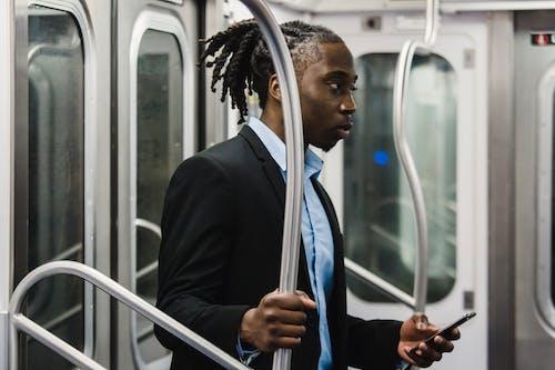 Ingyenes stockfotó afro-amerikai, alkalmazott, árus, dzseki témában
