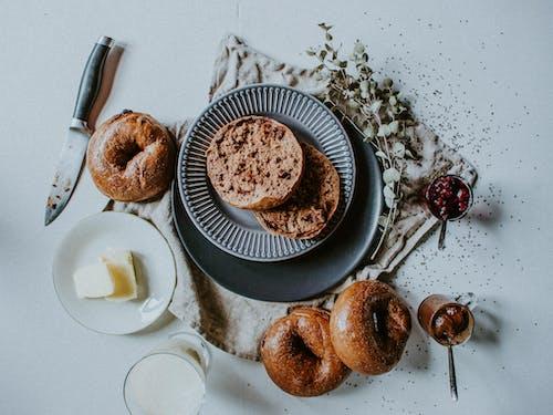 Бесплатное стоковое фото с вкусный, еда, завтрак, кондитерское изделие