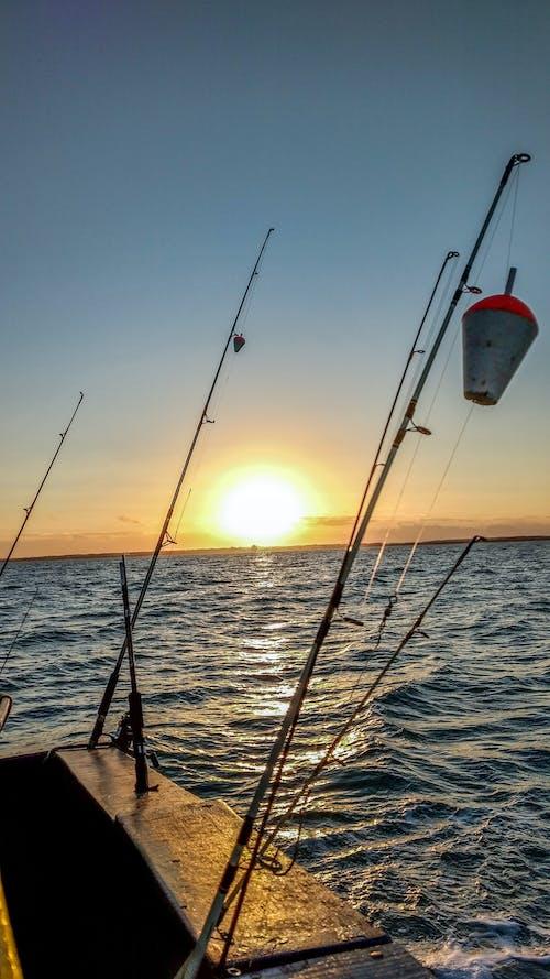 Fotobanka sbezplatnými fotkami na tému barco de pesca, pesca, pescaria, vara de pescar