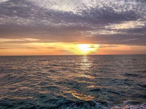 Fotobanka sbezplatnými fotkami na tému água do oceano, mar, oceano
