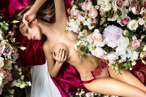 Free stock photo of ferdinandstudio, flowers, girls, love