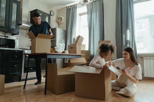 Free stock photo of apartment, belongings, box, boxes