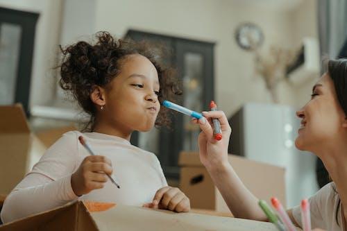 Gratis stockfoto met Afro-Amerikaans, appartement, box