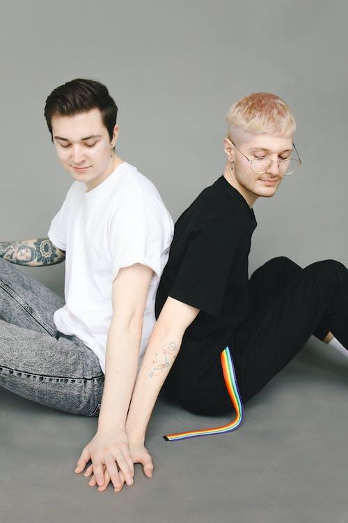 'ayırımcılık, arka arkaya, Aşk, aynı cinsiyet içeren Ücretsiz stok fotoğraf